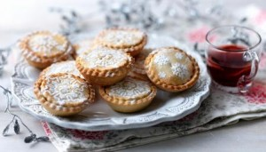 Enjoy mince pies this Christmas 2012 with Free and Single Online Dating